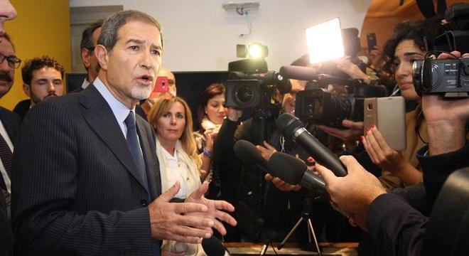 Nello Musumeci havia determinado o fechamento de todos os centros para imigrantes