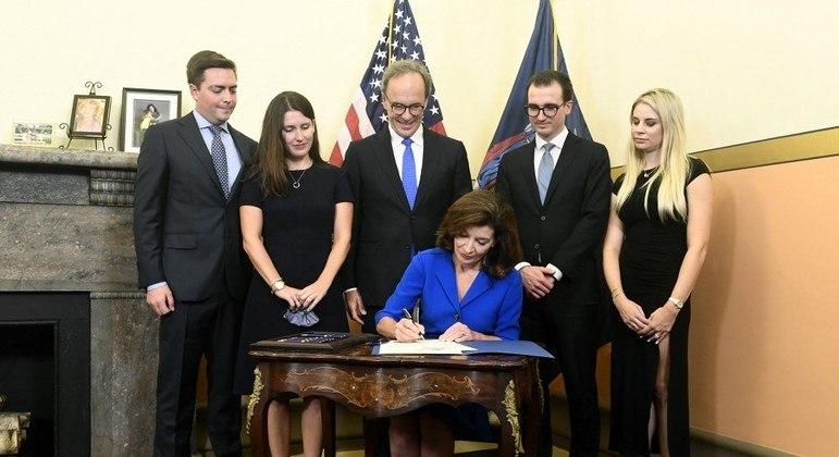 A nova governadora do estado de Nova York, Kathy Hochul