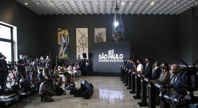 Governo de SP anuncia medidas de combate a perdas econômicas na pandemia