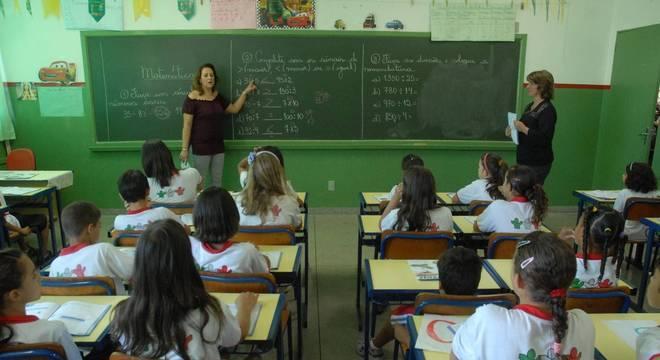 Governo anunciou mudança na gratificação para diretores de escolas