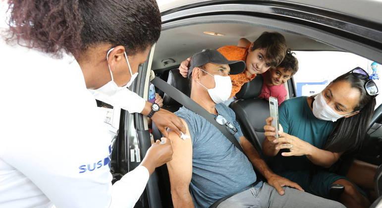 Governo de São Paulo anuncia novos grupos para vacinação nesta sexta-feira (7)