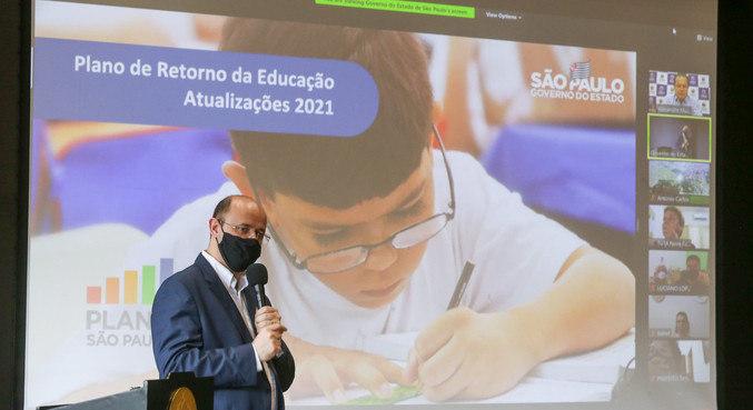 Secretário da Educação, Rossieli Soares, participa de evento sobre a volta às aulas