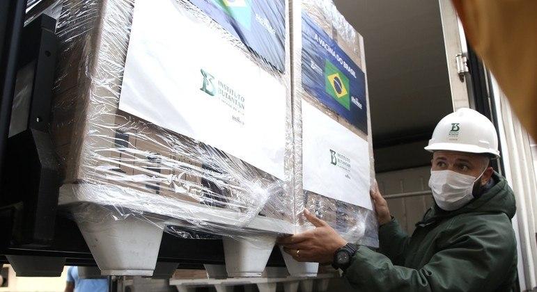Butantan libera mais 1,5 milhão de doses ao Ministério da Saúde
