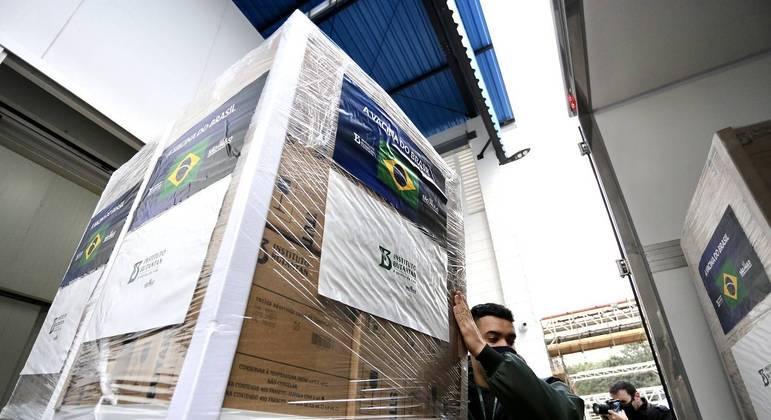 Butantan entrega mais 2,2 milhões de vacinas para Ministério da Saúde