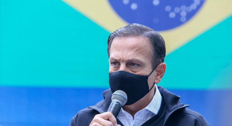João Doria afirma que vai tomar a vacina contra a covid-19 nesta sexta-feira (7)
