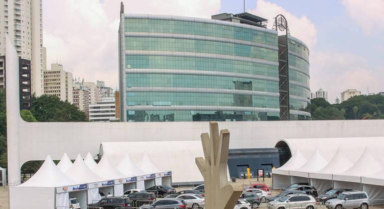 No memorial da América Latina que sediou drive thrus ocorrerá evento modelo