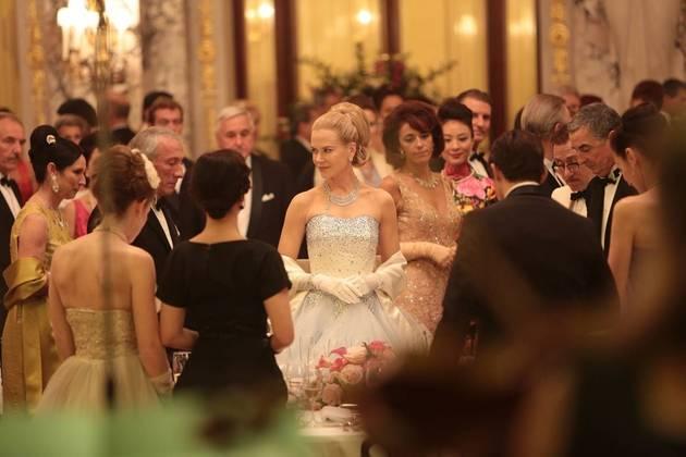 Grace de Mônaco (2014)A princesa de Mônaco e estrela de Hollywood, considerada uma lenda do cinema, Grace Kelly, teve sua trajetória como realeza exposta nas telonas. O filme se concentra na crise de identidade e no casamento da atriz com o príncipe de Mônaco, Rainer III. Além de uma iminente invasão militar francesa no principado em 1960