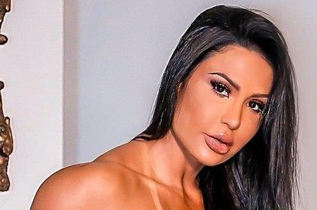 Gracyanne Barbosa mostrou 'novidade' no rosto