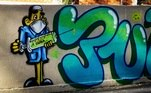 Grafite faz referência à esperança de curapara a covid-19. Em São Paulo, os testes com uma vacina começaram esta semana