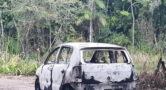 Carro de Vera Lúcia foi encontrado carbonizado