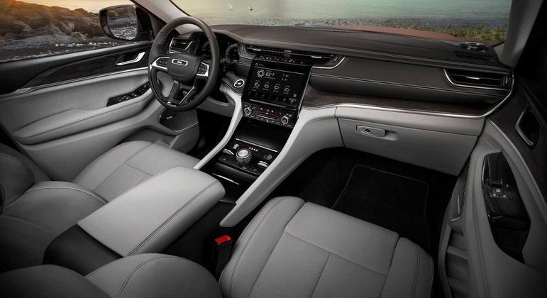 Grand Cherokee L chega ao mercado norteamericano, no final do primeiro semestre deste ano
