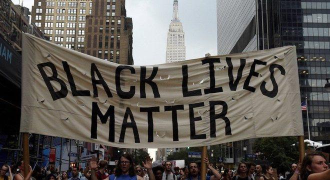 'Vidas negras importam'; protestos ocorreram em diversas cidades americanas e ultrapassaram as fronteiras dos EUA