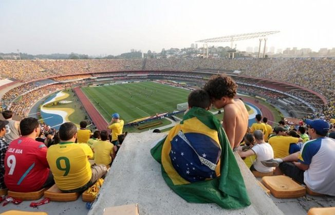 GRANDE PÚBLICO NO MORUMBI - A partida teve um público de mais de 55 mil pagantes no Estádio do Morumbi. Foi o último jogo do Brasil contra a Bolívia no estado.