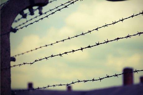 Sob o domínio nazista, um passaporte diplomático poderia representar a diferença entre a vida e a morte