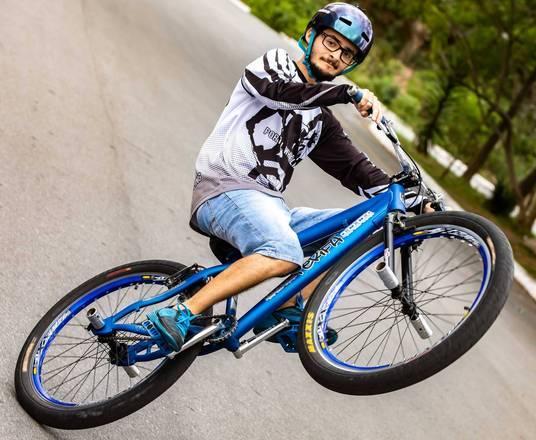 Grau De Bike Movimenta Periferia Com Fenomeno Da Internet
