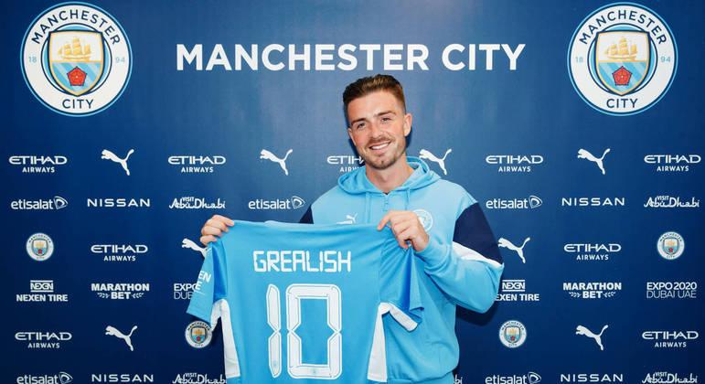 O City anunciou ontem a contratação de Grealish. Exatamente para a posição de Messi