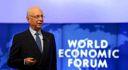"""O fundador do Fórum Econômico Mundial, Klaus Schwab, anunciou o plano """"The Great Reset"""" em junho de 2020"""