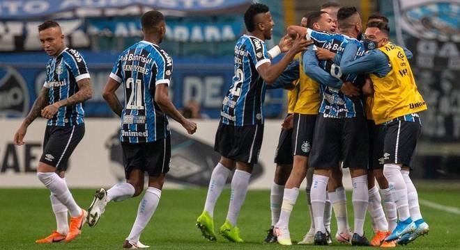 Maicon e Isaque marcaram os gols do Grêmio na conquista do segundo turno