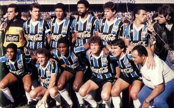 Grêmio - Em três dos cinco títulos da Copa do Brasil, o imortal tricolor ergueu a taça de maneira invicta: 1989 (7 vitórias e 3 empates), 1994 (6 vitórias e 4 empates) e 1997 (5 vitórias e 5 empates)
