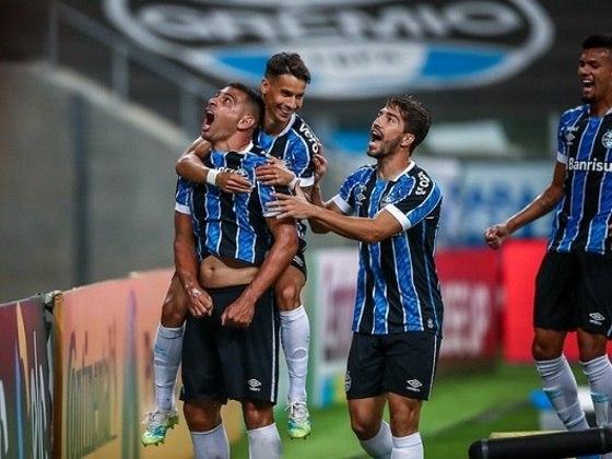 GRÊMIO - Palmeiras (fora - 15/01)/ Atlético Mineiro (casa - 20/01)/ Internacional (fora - 24/01)/ Flamengo (fora - 27/01)/ Coritiba (fora - 31/01)/ Palmeiras - FINAL COPA DO BRASIL (casa - 03/02)/ Santos (casa - 07/02) - SUJEITA A ADIAMENTO CASO O SANTO VENÇA A LIBERTADORES/ Palmeiras - FINAL COPA DO BRASIL (fora - 10/02) - SUJEITA A ADIAMENTO CASO O PALMEIRAS VENÇA A LIBERTADORES/ Botafogo (fora - 13/02)/ São Paulo(casa - 17/02)/ Athletico Paranaense (casa - 21/02)/ RB Bragantino (casa - 24/02).