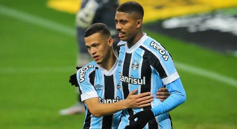 Grêmio vence o Vitória e está classificado para as quartas de final da Copa do Brasil