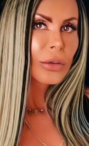 Gretchen versão 'photoshopada'