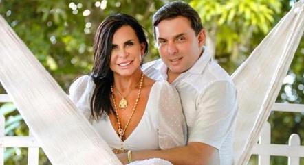 Cantora diz que marido a ajudará com  musicoterapia