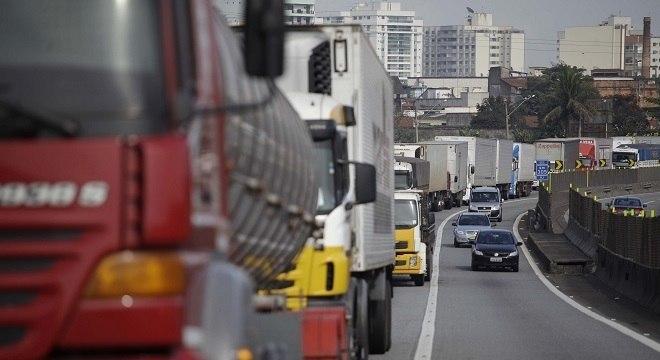 Redução do Diesel faz parte de acordo para acabar com greve dos caminhoneiros