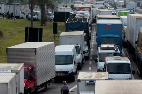 Petrobras aumentou o litro do diesel em R$ 0,10