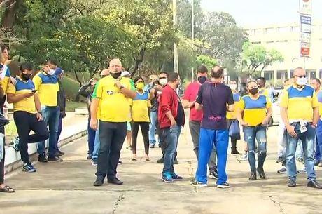 Trabalhadores dos Correios estão em greve a 35 dias