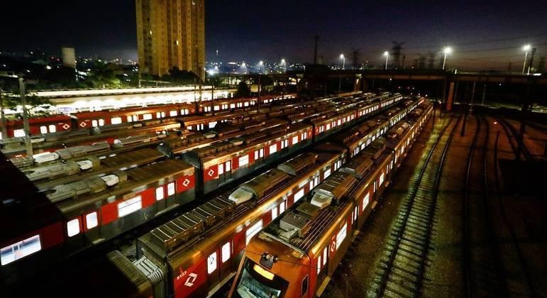Com greve da CPTM, três linhas operam parcial e uma está parada