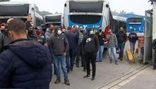 Greve de ônibus paralisa 38 linhas que circulam no Grajaú (SP)