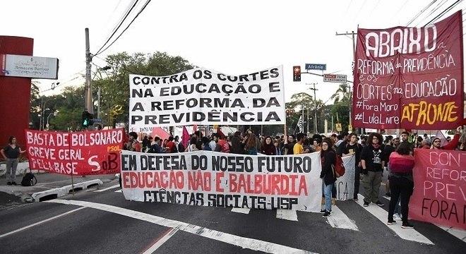 Protestos contra a Reforma da Previdência em avenidas de todo o país