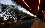 estação de ônibus vazia em buenos aires