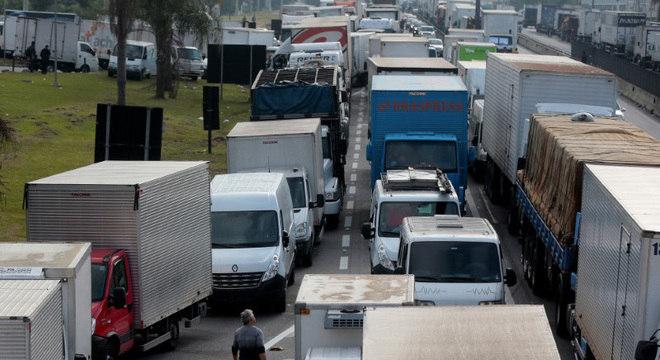Subsídio no diesel foi um pedido dos caminhoneiros durante a paralisação de maio