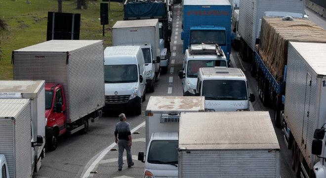 BNDES melhora linha de crédito para caminhoneiros