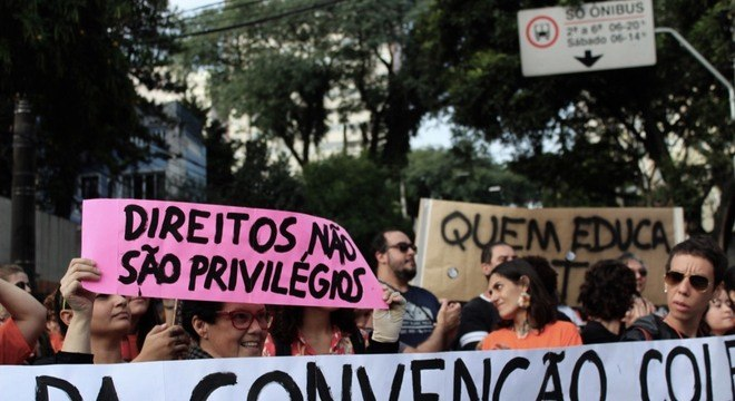 Mobilização de Professores Privados atinge mais de 100 escolas e pode virar greve