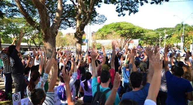 Servidores da Unicamp estão no 45º dia de greve e pedem aumento salarial