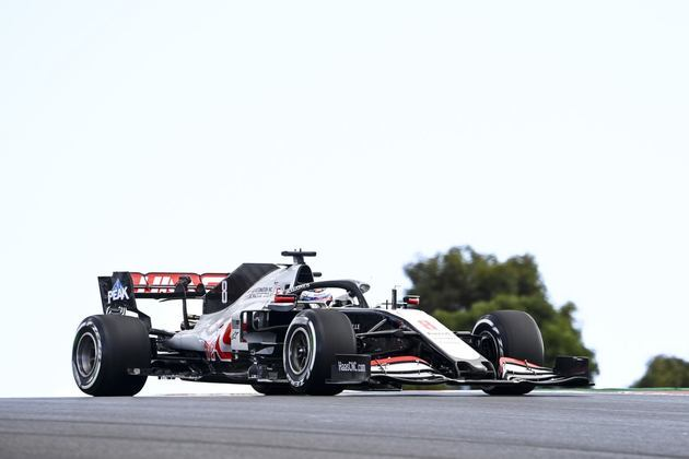 Grosjean ficou quase 3s atrás do líder Valtteri Bottas no TL2