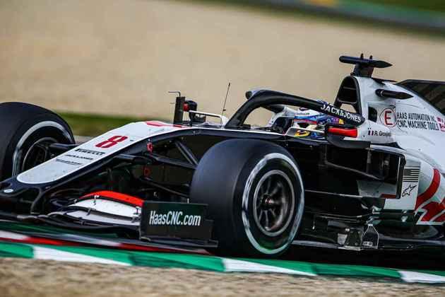 Grosjean foi punido em cinco segundos no fim da corrida, mas isso foi só mais um problema na prova