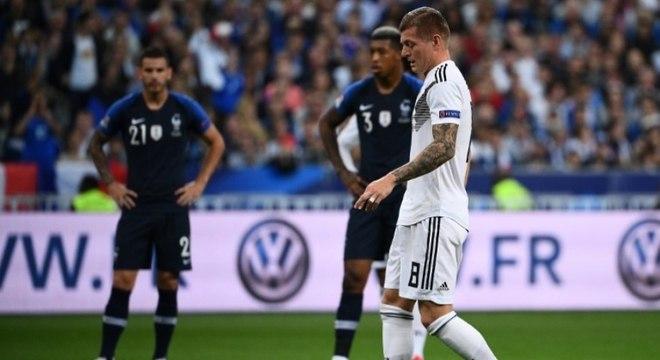 Grupo A - eliminada na primeira fase do Mundial da Rússia, a Alemanha segue em fase tormentosa. A equipe perdeu para Holanda e França e é a lanterna do Grupo A, já sem chances