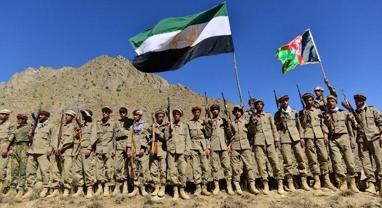 Frente Nacional de Resistência é formada por guerrilhas locais e tropas do governo afegão