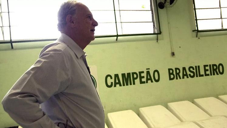 """Guarani: Carlos Alberto Silva - De acordo com o site """"Movimento Bugre Guerreiro"""", Carlos Alberto Silva é o técnico que mais treinou o Guarani. Foram 119 partidas entre 1978 e 2000."""