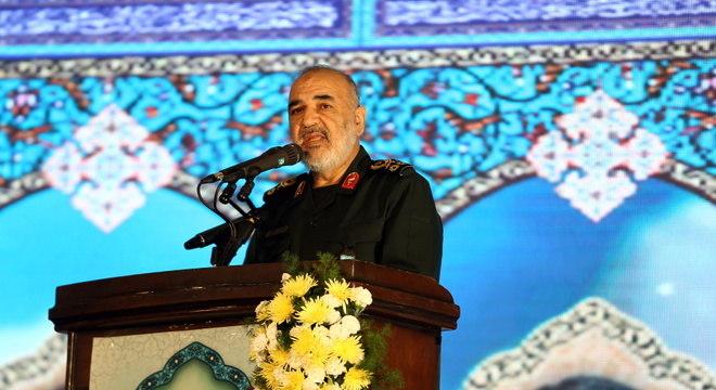 Salami, da Guarda Revolucionária: 'Destruir qualquer força terrorista dos EUA'