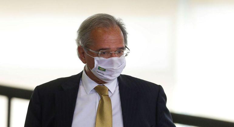 Guedes enviou PL ao Congresso pedindo aval para executar despesas antes da aprovação do Orçamento