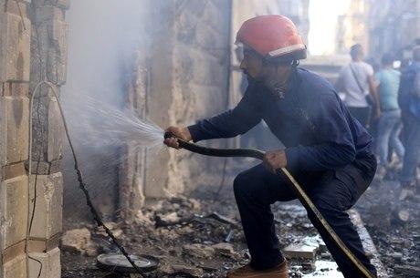 Dezenas de pessoas morreram em explosões