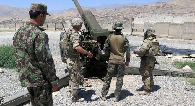 Presença das tropas estrangeiras continua sendo necessária, diz Afeganistão