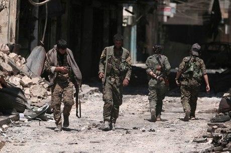 Exército sírio entrou na cidade de Manbij