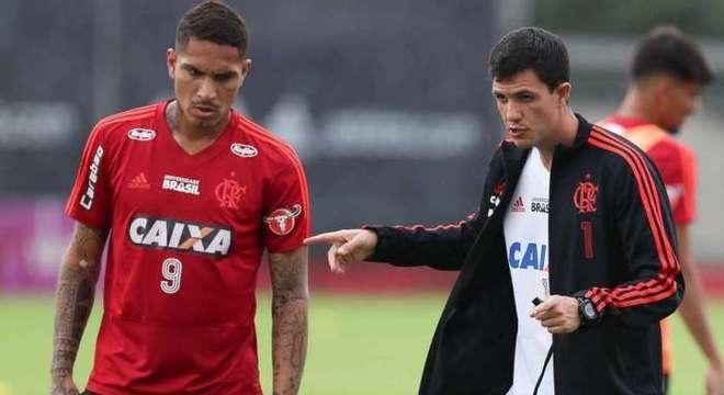 Guerrero já não se sentia mais uma estrela no Flamengo. Por isso, escolheu sair
