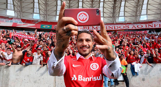 Guerrero, entre luvas e salários, R$ 800 mil no Inter. Outro contrato sensacional